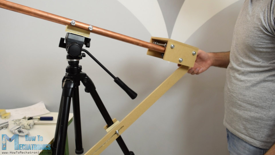camera slider supporting arm