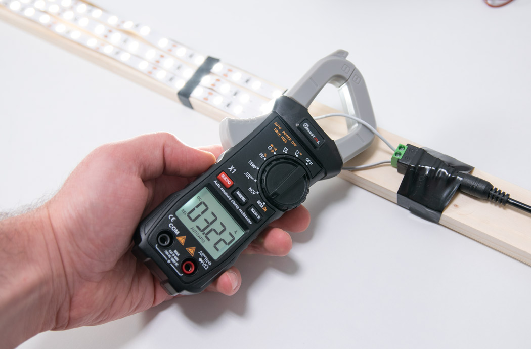 Measuring DC current-with Mustool X1 clamp meter