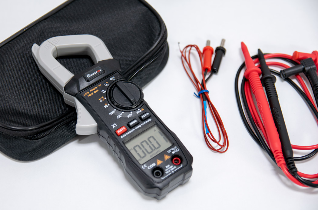 Mustool X1 Clamp Meter with Accessories