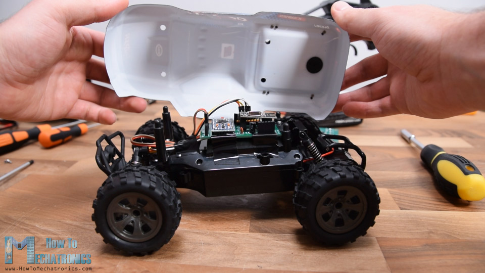 Installing the custom-build Arduino RC receiver on the RC car model