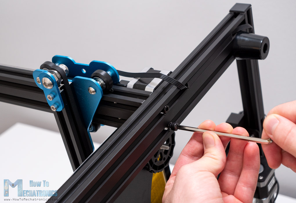 Connecting the upper and base frame of the 3D Printer