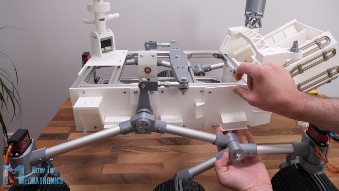 Securing the side panels on the t-slot profiles of the rovers chassis